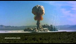 Amazing HD Footage Of Nuclear Tests - PBH2